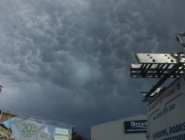 mamatus cloud over Brixton on 12 April