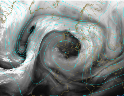 Amazing water vapour sat pic showing swirl round the blocking HIGH today