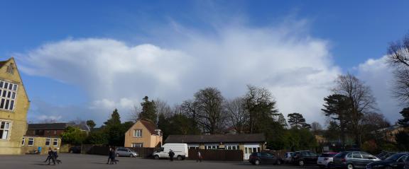 Cb clouds, nice incus