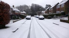 brief snow lying morning