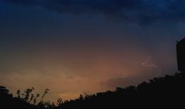 thunder 5 June reigate