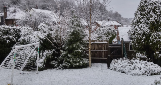 Reigate brief wet snow 17 Jan